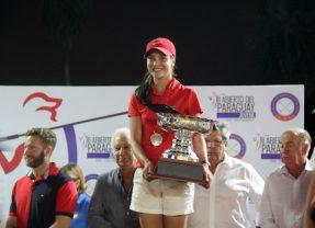 """Giovanna Fernández Campeona del II Abierto del Paraguay Juvenil """"Copa Jorge Murdoch"""" y Dobles Mixto Internacional"""